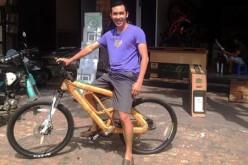 Giám đốc chuột gỗ tái khởi nghiệp với xe đạp
