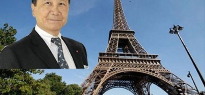 Chuc Hoang triệu phú gốc Việt mua tháp Eiffel