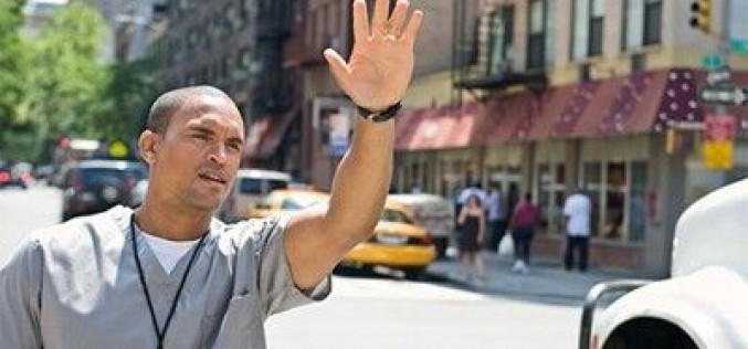 Những cử chỉ tay nên tránh khi du lịch nước ngoài